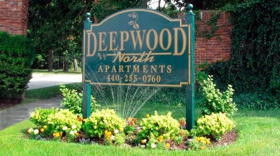 DeepwoodNorthFrontSign